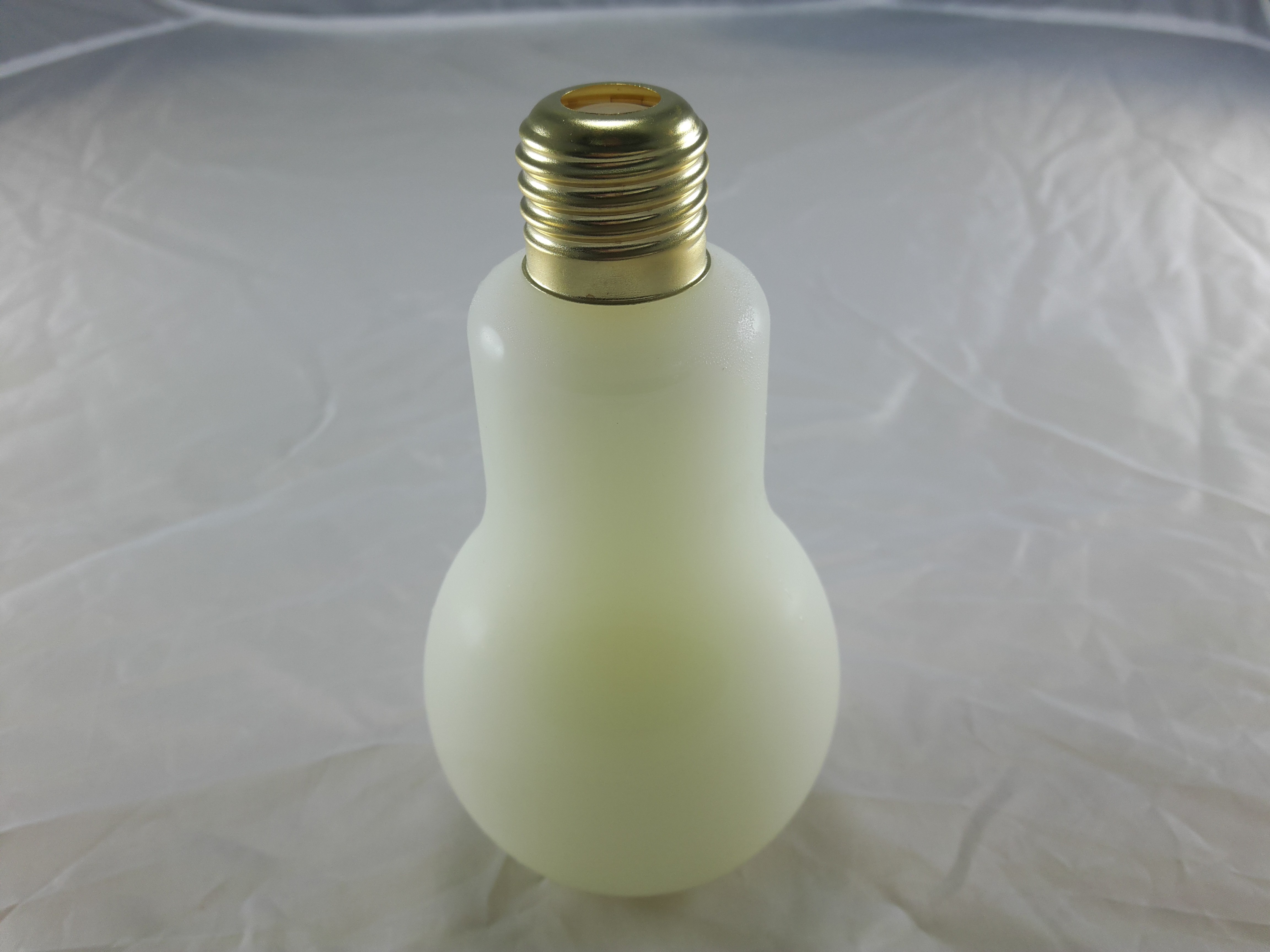 燈泡造型飲品-原味可爾必思(340cc)