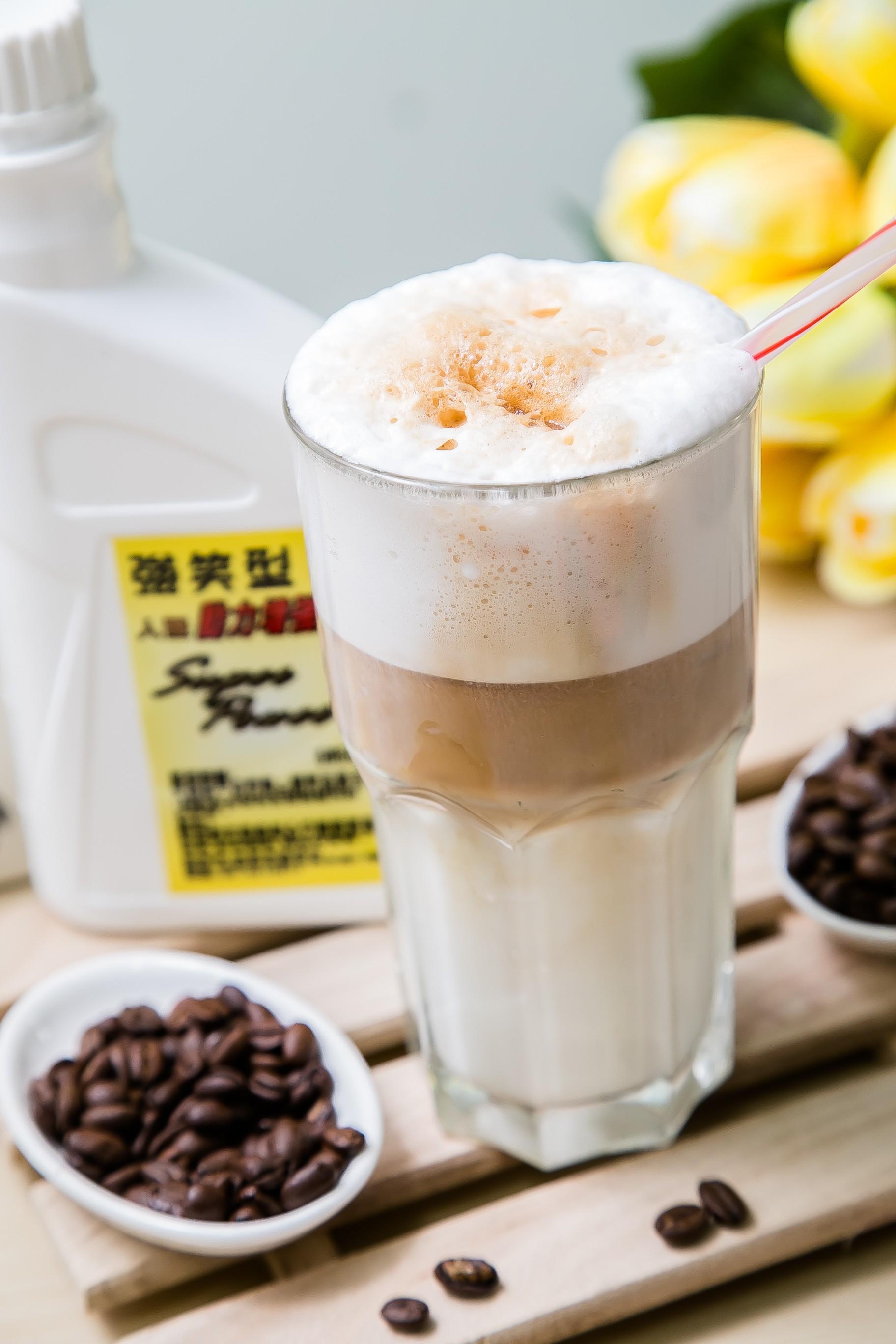 機油造型飲品-拿鐵咖啡(強笑型500cc)