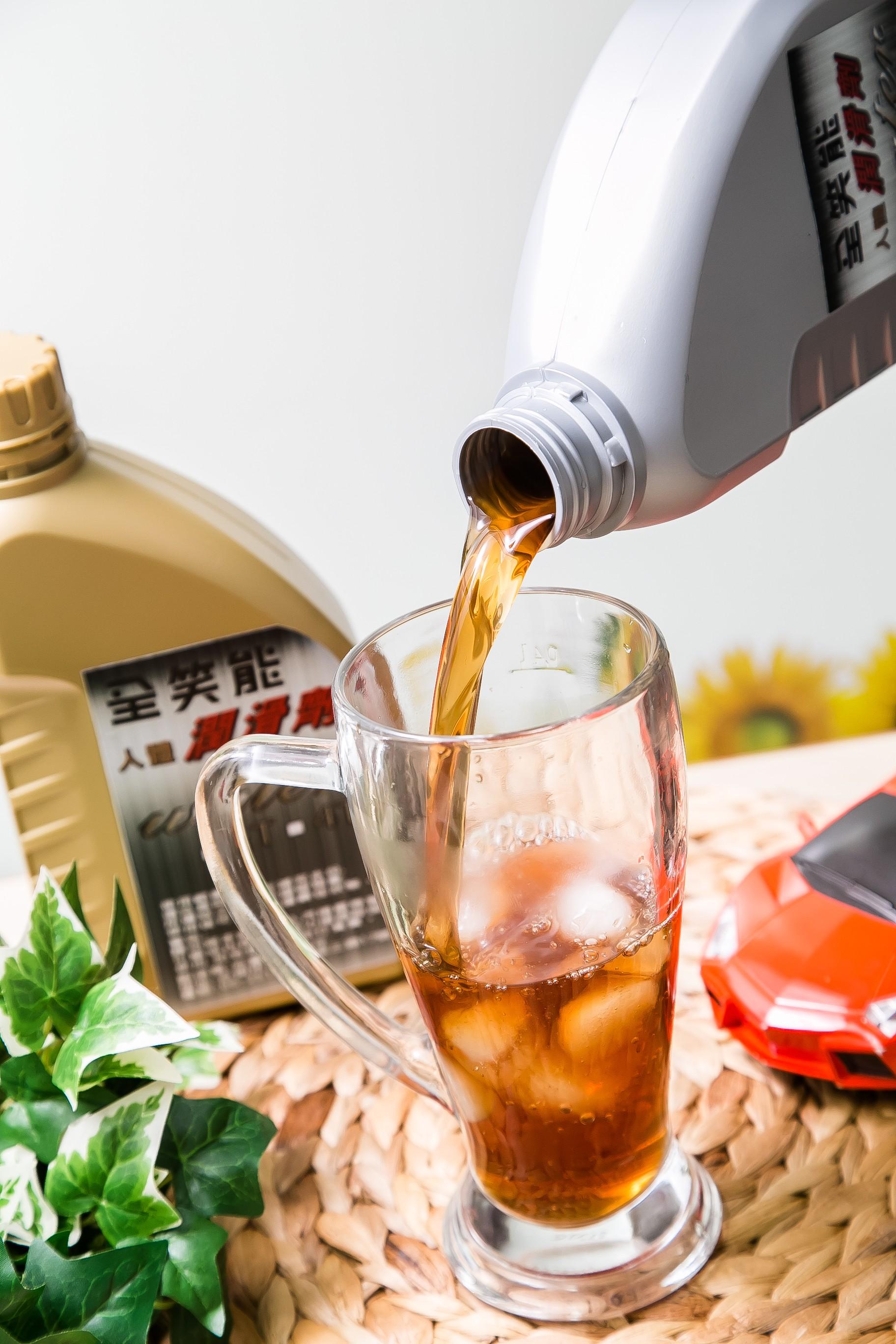 機油造型飲品-古早味紅茶(全笑能1000cc)